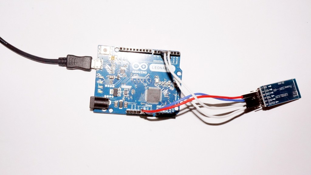 Arduino with connected HC-05